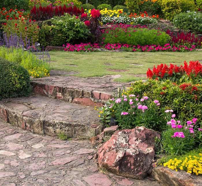 Progettazione paesaggistica per giardino privato: tendenze 2021
